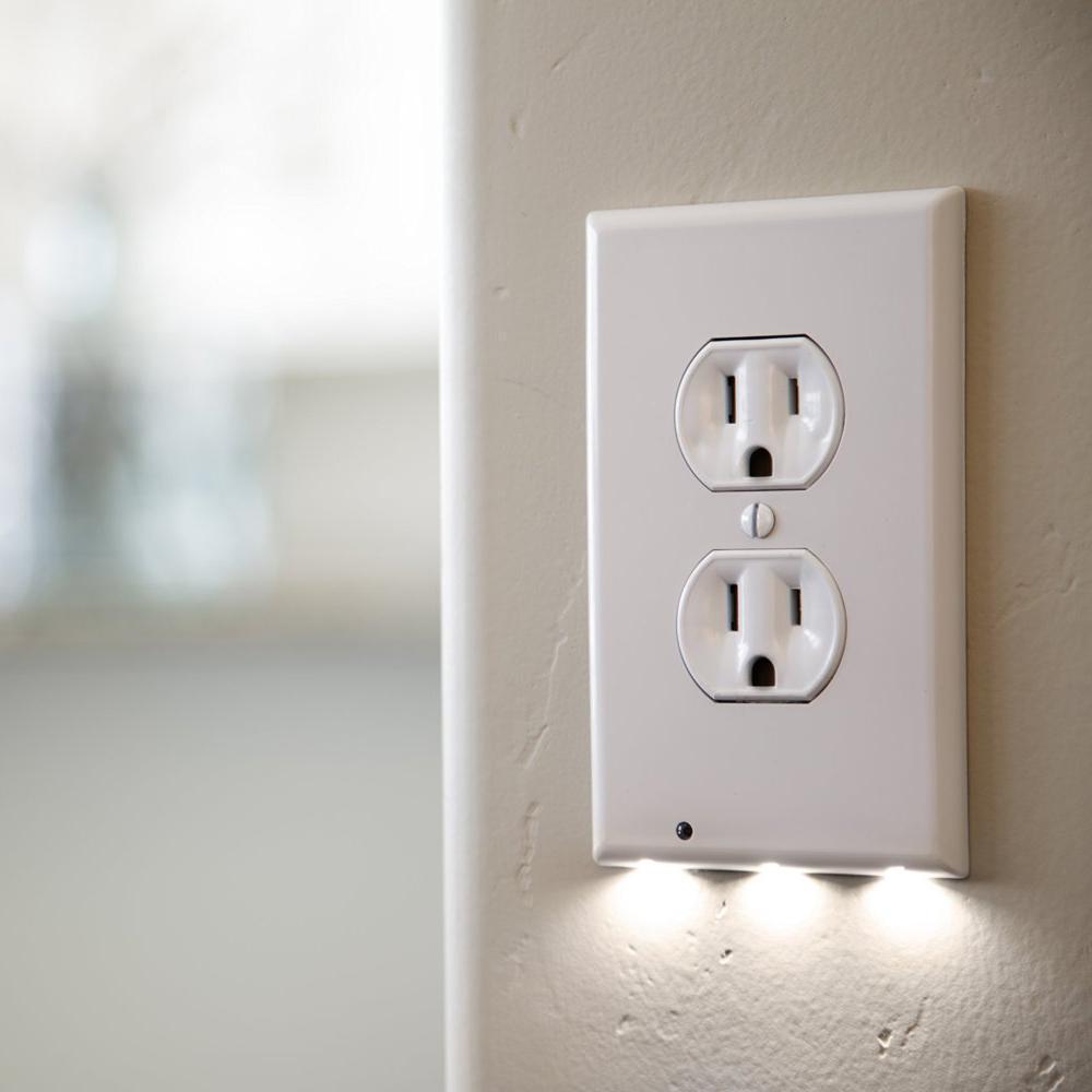 Lux Light Sensor Outlet