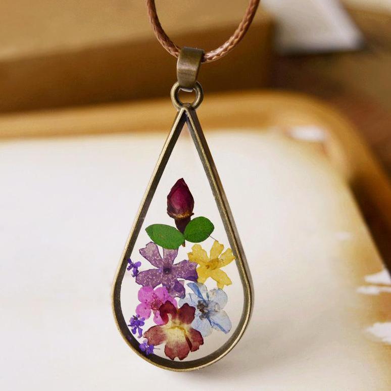Terrarium Bronze Necklace
