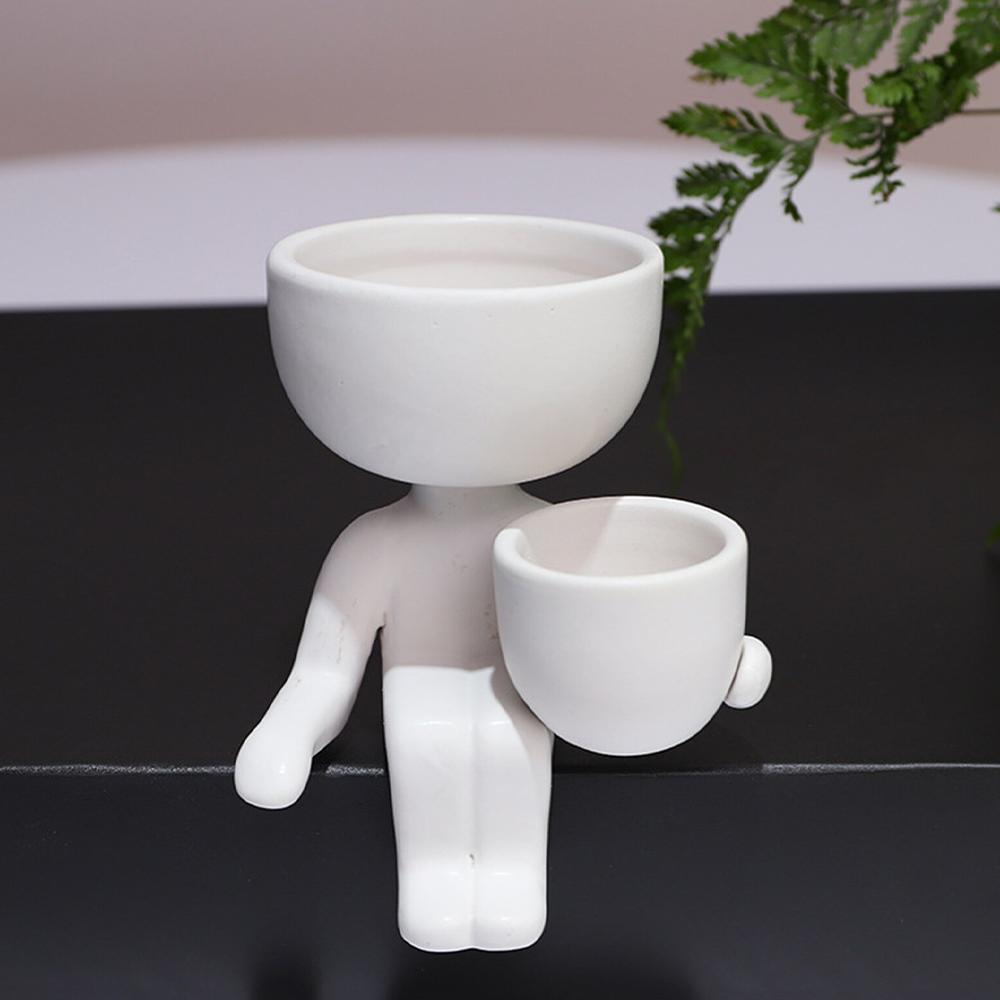 ceramicsittingflowerpotswhite2