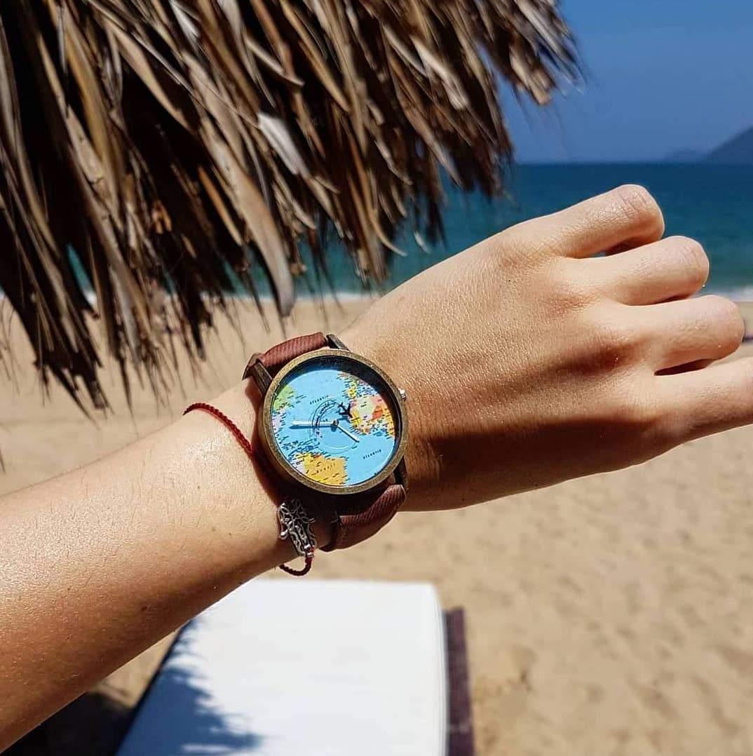 Vintage World Traveler Watch-Brown