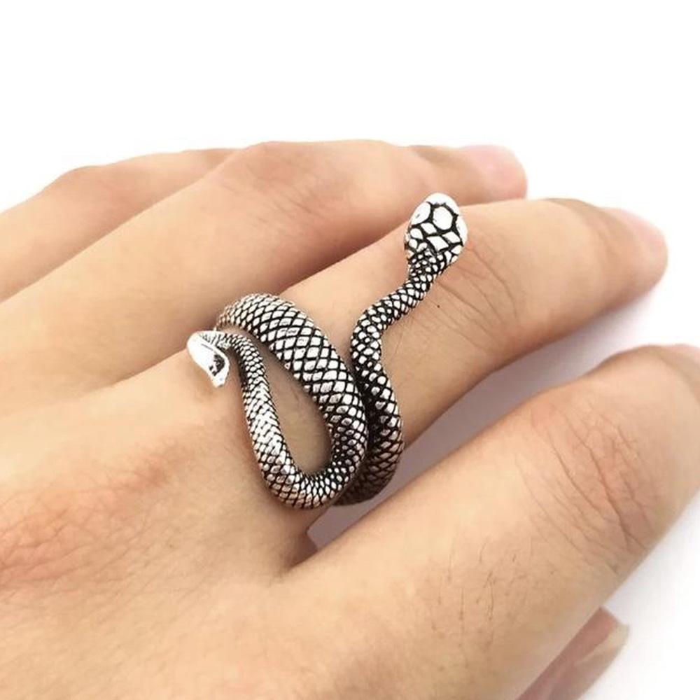Metallic Adjustable Snake Ring